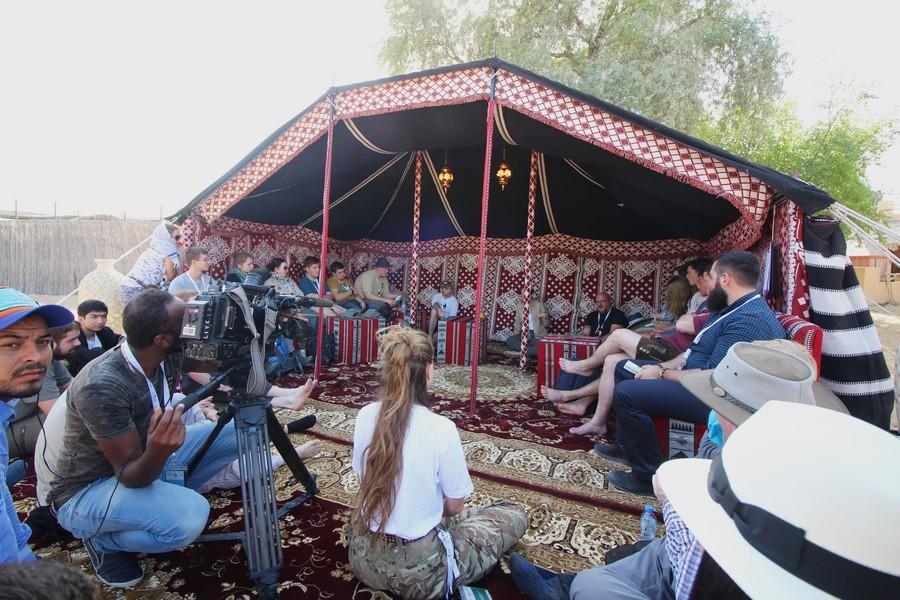 Tenda de workshops Falconry festival