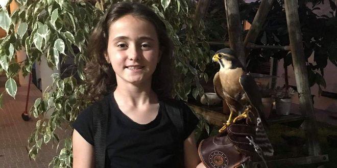 Uma pequenina falcoeira - Entrevista dia da criança Capa